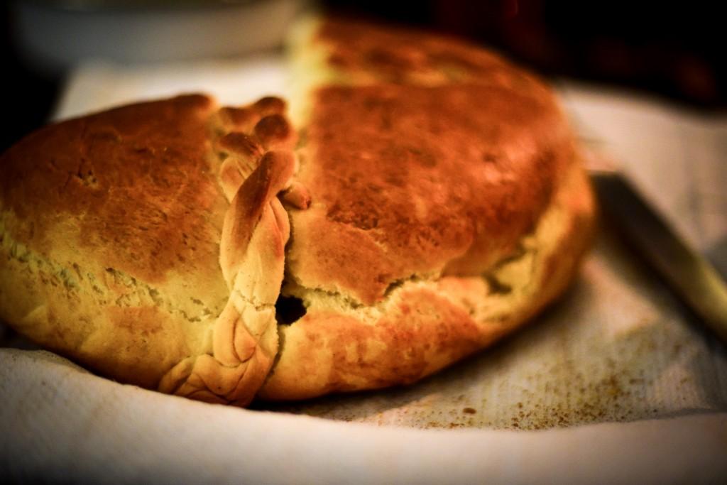 cesnica, srebian christmas cake, serbian christmas bread
