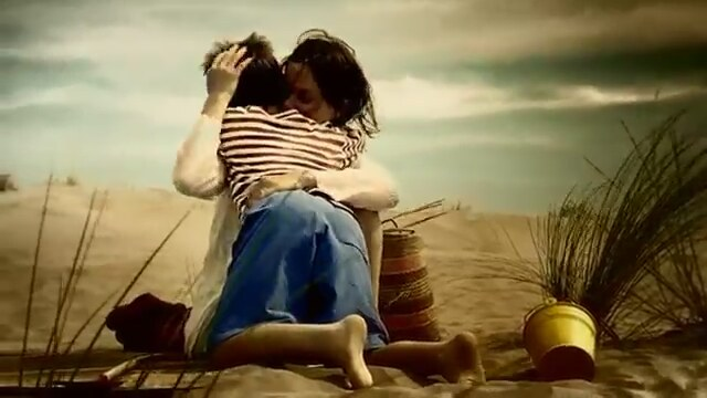 The wind will bring it, the wind will take it away, the wind will carry us, n´ais pas peur
